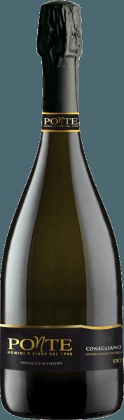 Der Conegliano Valdobbiadene Prosecco Superiore DOCG von Ponte Viticoltori repräsentiert perfekt die Welt des Prosecco. Glänzend Strohgelb im Glas mit feiner Perlage, rebsortentypisches Bukett mit Duftnoten von Zitrusfrüchten, mit Nuancen von floralen Noten. Am Gaumen begeistert er durch einen eleganten Körper mit fruchtigen Noten, weich und samtig, im Nachhall frisch, sanft und fruchtig. Vinifikation desConegliano Valdobbiadene Prosecco Superiore DOCG von Ponte Für den Valdobbiadene Prosecco Superiore werden nur die besten Trauben aus den besten Lagen der Weinbergen rund um Valdobbiadene selektiert und verarbeitet. Für den Prosecco wird traditionell ausschliesslich die Rebsorte Glera verwendet, die hier in der Region auch einfach Prosecco-Traube genannt wird. Die Rebstöcke wachsen auf Böden, die von kräftigem roten Buntsandstein und Kies geprägt sind. Nach der Lese werden die selektierten Trauben kalt gepresst, die Gärung erfolgt temperaturkontrolliert. Der Sekt wird nach der Methode Charmat hergestellt, die langsame Versektung, die bist zu sechs Monaten dauern kann, findet in Edelstahltanks statt - je länger, desto feiner die Perlage. Frische und Aromen der Rebsorte bleiben so am besten erhalten. Danach wird der Prosecco in die klassische Schaumweinflaschen abgefüllt und mit Sektkorken verschlossen. Food pairing / Speiseempfehlung für den Valdobbiadene Prosecco von Ponte Frisch gekühlt ist dieser Prosecco Superiore ein idealer Aperitif, als Sekt für Empfänge und Feierlichkeiten, er passt zu leichten Vorspeisen mit Gemüse und Fisch und zum Dessert. Gerne wird er auch für einen frisch zubereiteten Bellini-Cocktail verwendet oder für ein Prosecco-Sorbet.