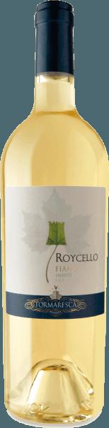 Der Roycello Fiano Salento IGT von Tormaresca funkelt im Glas Strohgelb mit grünlichen Reflexen und offenbart dabei sein komplexes und fruchtiges Bouquet. Dieses umschmeichelt die Nase mit den Aromen von weißem Pfirsich und Zitrusfrüchten., abgerundet durch florale Anklänge von Jasmin und zarten Kräuternuancen. Am Gaumen startet dieser süditalienische Weißwein weich, gefolgt von einem belebenden und angenehmen Säurespiel. Vinifikation für den Tormaresca Roycello Fiano Salento IGT Die Trauben für diesen reinsortigen Fiano stammen aus Weinbergen der Tenuta Maìme in der Provinz Brindisi in Apulien. Die Lese der Trauben fand zu dem optimalen Reifezeitpunkt statt. Der Most wurde kühl gelagert, um eine natürliche Klärung zu erreichen. Anschließend erfolgt die alkoholische Gärung und der Ausbau für 4 Monate auf den Feinhefen im Edelstahltank. Eine kurze Reifezeit auf der Flasche verleiht dem Roycello seinen letzten Schliff. Speiseempfehlung für den Roycello Fiano Salento von Tormaresca Genießen Sie diesen trockenen Weißwein aus Apulien als Aperitif oder zu Sushi und Hähnchen. Auszeichnungen für den RoycelloFiano Salento IGT von Tormaresca Gambero Rosso: 2 Glas für 2016 James Suckling: 90 Punkte für 2015 Vini Buoni d'Italia: 3 Sterne für 2014