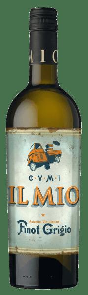 Mit dem Collezione Il Mio Pinot Grigio delle Venezie kommt ein erstklassiger Weißwein ins geschwenkte Glas. Hierin zeigt er eine wunderbar brillante, goldgelbe Farbe. Idealerweise in ein Weissweinglas eingegossen, offenbart dieser Weißwein aus Italien herrlich ausdrucksstarke Aromen nach Birne, Apfel, Flieder und Lavendel, abgerundet von Liebstöckel, mediterranen Kräutern und grüner Paprika. Dieser trockene Weißwein von Collezione Il Mio ist perfekt für Menschen, die am liebsten 0,0 Gramm Restzucker in ihrem Wein hätten. Der Pinot Grigio delle Venezie kommt dem bereits sehr nahe, wurde er doch mit gerade einmal 6 Gramm Restzucker vinifiziert. Leichtfüßig und komplex präsentiert sich dieser schmelzige Weißwein am Gaumen. Durch die moderate Fruchtsäure schmeichelt der Pinot Grigio delle Venezie mit samtigem Mundgefühl, ohne es dabei an Frische missen zu lassen. Im Abgang begeistert dieser Weißwein aus der Weinbauregion Venetien schließlich mit guter Länge. Es zeigen sich erneut Anklänge an Apfel und Lavendel. Vinifikation des Pinot Grigio delle Venezie von Collezione Il Mio Dieser elegante Weißwein aus Italien wird aus den Rebsorten Chardonnay und Grauburgunder gekeltert. Nach der Handlese gelangen die Trauben umgehend ins Presshaus. Hier werden sie selektiert und behutsam aufgebrochen. Es folgt die Gärung im Edelstahltank bei kontrollierten Temperaturen. Nach dem Abschluss der Gärung kann sich der Pinot Grigio delle Venezie für einige Monate auf der Feinhefe weiter harmonisieren.. Speiseempfehlung für den Pinot Grigio delle Venezie von Collezione Il Mio Trinken Sie diesen Weißwein aus Italien idealerweise gut gekühlt bei 8 - 10°C als Begleiter zu Kürbis-Auflauf, Spargelsalat mit Quinoa oder Spinatgratin mit Mandeln.