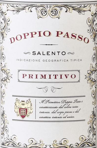 Der Doppio Passo Primitivo in der 1,5l Magnum von Carlo Botterist ein vollmundiger sortenreiner Primitivo und eine echte süditalienische Spezialität.Der Doppio Passo besticht durch ein dichtes Bukett von schwarzen Beeren und einladenden Kakao-Noten. Trotz der sanften Tanninen zeigt er sich mit griffiger Struktur und Tiefe. Die konzentrierten Aromen und die feine Fruchtsüße spiegeln sich auch am Gaumen wider. Einfach ein brillanter Primitivo zu einem exzellenten Preis-/Genuss-Verhältnis! Mehr über den Doppio Passo Salento Rosso erfahren Sie in der Expertise der Normalflasche. Speiseempfehlung zumDoppio Passo Primitivo Wir empfehlen den Doppio Passo Primitivo in der Magnumflasche zu großen Festen, wo am Tisch ordentlich ausgeschenkt werden soll. Am besten genießen Sie ihn zu dunklem Fleisch und Gegrilltem.