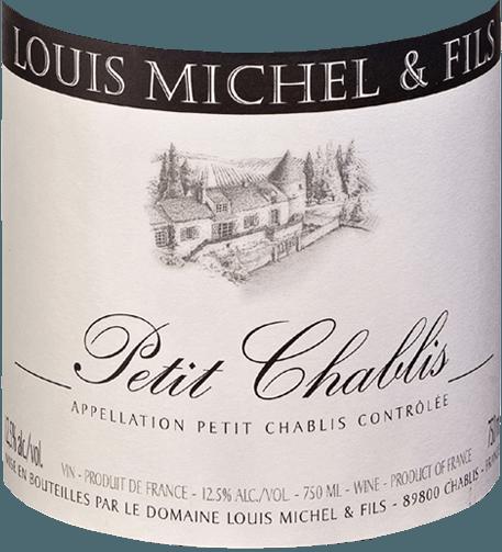 Der Petit Chablis von der Domaine Louis Michel et Fils liegt strahlend, in einem hellen Gold und von grünlichen Glanzlichtern durchzogen im Glas. Am Gaumen präsentiert der Chablis eine aromatisches Bouquet aus weißen Blüten (Weinblüte, Weißdorn), Gewürzen und Zitrusfrüchten. Am Gaumen zeigt sich eine deutliche Mineralität mit viel saftiger Fülle. Der Peitit Chablis ist ein aromatisch erfrischender Weißwein mit einer feinen Würze und einem Hauch von Jod, der sofort Lust auf mehr macht. Vinifikation des Chardonny aus Chablis Wie alle Weine, vinifiziert Guillaume Gicqueau-Michel auch seinen Petit Chablis nur in Edelstahl. Bei der temperaturgesteuerten Gärung werden die Moste nach den verschiedenen Parzellen getrennt. Die Gärung läuft sehr langsam und nur mit den natürlichen Hefen (ohne Zugabe von Reinzuchthefen) im Edelstahltank ab. Alle einzelnen Partien werden dann zum Petit Chablis verschnitten und mindestens sechs bis acht Monate (sur lie) auf den Feinhefen (sur lie) ausgebaut, dann vorsichtig abgezogen, kältestabilisiert und schließlich nur grob filtriert auf die Flaschen gefüllt. Speiseempfehlung zum Petit Chablis von Louis Michel & Fils Wir empfehlen ihn als erfrischenden Aperitif, zu Meeresfrüchten und Fisch, grünem Salat oder einfach nur so, wann immer man Lust auf ein Gläschen frischen Weißwein hat!