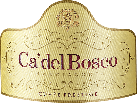 Der Cuvée Prestige Extra Brut Franciacorta DOCG von Ca' del Bosco zeigt sich gold-gelb im Glas mit feinen aufsteigenden Perlen und verwöhnt mit fruchtig-stoffigen Aromen (Pfirsich) und einer floralen Nase. Am Gaumen ist er komplex und ausgeglichen mit einem finessenreichen, langen Abgang. Die 28-monatige Reife verleiht ihm die unverwechselbare Sigantur seines Winzers Maurizio Zanella, wodurch ihm die Persönlichkeit eines erlesenen Schaumweines zuteil wird. Dieser Spumante ist ein Archetyp seiner DOCG- überaus frisch, seidig und elegant am Gaumen mit einem schönen Körper und einer feinen Perlage. Diese Cuvée Prestige aus Chardonnay-, Pinot Nero- und Pinot Bianco-Trauben präsentiert das Franciacorta in seiner Urform. Speisebeempfehlung für den Cuvée Prestige Extra Brut Franciacorta Wir empfehlen den Cuvée Prestige Extra Brut FranciacortaDOCG von Ca' del Boscoals nobler Begleiter eines ganzen Menüs oder als Apéritif.