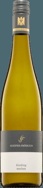 Die Nase dieses Weißweines wartet mit einer kühlen Mineralität und Birnenfrucht auf. Straff, klar und sehr feinsaftig mit einer filigranen und feinen Struktur präsentiert sich der Riesling Qualitätswein von Schäfer-Fröhlich. Elegant und grazil ist seine Art. Die Mineralität bleibt auch im Mund kühl und eindringlich lang. Geschmacklich sind frische Kräuter und saftige Birnen wahrzunehmen, die ihn lebendig und frisch erscheinen lassen. Insgesamt ein harmonischer und wohl balancierer Wein, dessen kühle Mineralität selbst im Nachhall bestehen bleibt.