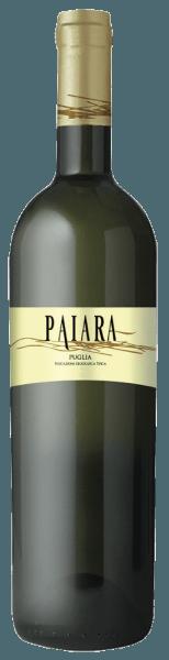 Der Paiara Bianco Puglia IGT von Tormaresca leuchtet strohgelb mit grünlichen Reflexen im Glas. An der Nase entfalten sich blumige Duftnoten von weißen Blüten und Aromen von Apfel und Ananas, am Gaumen präsentiert sich dieser Weißwein frisch und anregend, weich und schön ausgewogen im Geschmack. Vinifikation des Paiara Bianco Puglia IGT von Tormaresca Dieser junge, leicht zugängliche Weißwein wird aus Chardonnay, Bombino Bianco und andere lokalen weißen Rebsorten erzeugt. Der Ausbau findet vollständig im Edelstahltank statt. Speiseempfehlungen für den Paiara Bianco Puglia IGT von Tormaresca Genießen Sie diesen frischen, unkomplizierten Weißwein aus Apulien zu Krustentieren, leichten SAlaten und gegrilltem Fisch bei ca. 10°C temperiert. Ideal als Bakettwein, zum Picknick am Strand mti Freunden und Familie.