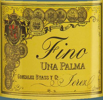 Der Una Palma von Gonzalez Byass aus dem spanischen Weinanbaugebiet DO Jerez ist ein rebsortenreiner, ausgewogener Sherry, der ausschließlich aus der Rebsorte Palomino Fino vinifiziert wird. Im Glas schimmert dieser Wein in einem zarten Hellgold mit grünlichen Glanzlichtern. Das geschliffene Bouquet entfaltet zarte Aromen nach getrockneten Nüssen, frisch gebackenem Brot, blumige Akzente nach Kamille und mineralische Nuancen dank des Albariza-Bodens. Sehr trocken mit einer starken Persönlichkeit nimmt dieser Sherry den Gaumen ein. Die nussigen Noten der Nase spiegeln sich wieder und werden von einer ausgewogenen, frischen Textur begleitet. Das Finale ist wundervoll langanhaltend. Vinifikation desGonzalez Byass Una Palma Fino Nach der sorgsamen Lese der Palomino Fino Trauben wird das Lesegut im Weinkeller von Gonzalez Byass sanft gemahlen. Bei niedrigen Temperaturen wird dieser Sherry in Inox Stahl-Tanks vergoren und anschließend auf 15,5 Volumenprozent aufgespritet und in sobretablas genannten Eichenfässer (Fässer für die jüngsten Jahrgänge) gelegt. Für 6 Jahre reift dieser Sherry in den Holzfässern und wird nach dieser Reifezeit unfiltriert und Klärung auf die Flasche gefüllt. Speiseempfehlung für den Una Palma Byass Fino Genießen Sie diesen trockenen Sherry leicht gekühlt einfach nur Solo oder reichen Sie diesen Wein zu frischen Meeresfrüchten und Fisch in cremigen Saucen. Auszeichnungen für den Fino Una Palma Gonzalez Byass Robert M. Parker - Wine Advocate: 91+ Punkte Wine Spectator: 91 Punkte (vergeben Dezember 2017)