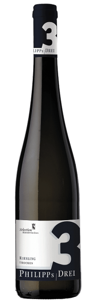 Mit dem Philipp Kuhn Philipp's Drei Riesling kommt ein erstklassiger Weißwein ins geschwenkte Glas. Hierin präsentiert er eine wunderbar brillante, hellgelbe Farbe. In ein Weissweinglas eingegossen, zeigt dieser Weißwein aus der Alten Welt herrlich ausdrucksstarke Aromen nach Apfel, Pfirsich, Aprikose und Quitte, abgerundet von weiteren fruchtigen Nuancen. Der Philipp's Drei Riesling von Philipp Kuhn ist genau das richtige für alle Weintrinker, die es trocken mögen. Dabei zeigt er sich aber nie karg oder spröde, sondern rund und geschmeidig. Auf der Zunge zeichnet sich dieser leichtfüßige Weißwein durch eine ungemein schmelzige Textur aus. Durch seine prägnante Fruchtsäure zeigt sich der Philipp's Drei Riesling am Gaumen außergewöhnlich frisch und lebendig. Das Finale dieses Weißwein aus der Weinbauregion die Pfalz, genauer gesagt aus Efringen-Kirchen, begeistert schließlich mit schönem Nachhall. Der Abgang wird zudem von mineralischen Anklängen der von Kalkstein und Lössboden dominierten Böden begleitet. Vinifikation des Philipp's Drei Riesling von Philipp Kuhn Grundlage für den eleganten Philipp's Drei Riesling aus die Pfalz sind Trauben aus der Rebsorte Riesling. Die Trauben wachsen unter optimalen Bedingungen in der Pfalz. Die Reben graben hier ihre Wurzeln tief in Böden aus Kalkstein, Lössboden, Kies und Mergel. Nach der Weinlese gelangen die Weintrauben zügig ins Presshaus. Hier werden sie sortiert und behutsam gemahlen. Anschließend erfolgt die Gärung im Edelstahltank bei kontrollierten Temperaturen. Nach dem Ende der Gärung kann sich der Philipp's Drei Riesling für einige Monate auf der Feinhefe weiter harmonisieren.. Speiseempfehlung zum Philipp Kuhn Philipp's Drei Riesling Dieser Deutsche Wein sollte am besten gut gekühlt bei 8 - 10°C genossen werden. Er passt perfekt als begleitender Wein zu Gemüsesalat mit roter Beete, Spargelsalat mit Quinoa oder Spaghetti mit Joghurt-Minz-Pesto.