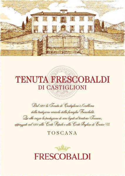 Der Tenuta Frescobaldi di Castiglioni von Frescobaldi zeigt sich in purpurroter Farbe im Glas und offeriert eine Bouquet voller reifer roter und schwarzer Beerenfrüchte. Anflüge von schwarzem Pfeffer, Backpflaumen und dunkler Schokolade runden das Bouquet dieses kleinen Supertuscans perfekt ab. Am Gaumen präsentiert derTenuta Frescobaldi di Castiglioni eine reichhaltige, volle Struktur, die mit angenehm frischer Fruchtsäure und gut integriertem Tannin harmoniert. Der Abgang hat gute Länge Herstellung des Tenuta Frescobaldi di Castiglioni Dieser moderne und intensive Rotwein vom gleichnamigen Frescobaldi-Weingut ist eine gelungene Cuvée aus 50% Cabernet Sauvignon, 3% Merlot, 10% Cabernet Franc und 10% Sangiovese. Nach der Maischegärung folgt umgehend die malolaktische Säureumwandlung. Der Tenuta Frescobaldi di Castiglioniwird dann für 12 Monate in Barriques und noch weitere 2 Monate in der Flasche ausgebaut. Speiseempfehlung für den Tenuta Frescobaldi di Castiglioni Genießen Sie diesen kraftvollen Rotwein aus der Toskana als idealen Begleiter zu Wildbret, besonders Hase und Wildschwein, Steaks, Rinder- oder Schweineschmorbraten, aber auch zu kräftigen Hartkäsesorten. Auszeichnungen für den Tenuta Frescobaldi di Castiglioni James Suckling: 92 Punkte für 2016 Luca Maroni: 91 Punkte für 2016 Robert Parker: 91 Punkte für 2016 Wine Spectator: 89 Punkte für 2011
