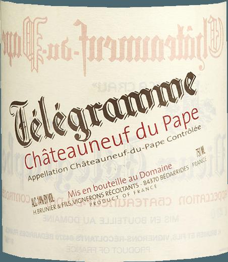 Das Zweitgewächs des Vieux Télégraphe offenbart sich in einem kräftigen Rubinrot. Der Télégramme Châteauneuf-du-Pape AOC von Vignobles Brunier ist bereits sehr schön offen mit fruchtigen Noten von Kirschen und roten Johannisbeeren und einer eleganten Mineralität. Der weiche und saftige Geschmack gibt Aromen von Pflaumen und Kirschen zu erkennen. Insgesamt ein mittelkräftig strukturierter Roter mit seidigem Tannin, der perfekt zu Kurzgebratenem vom Rind, zur Wildente oder zur Gans harmoniert. Vinifikation desTélégramme Châteauneuf-du-Pape AOC - Vignobles Brunier Für den Télégramme Rotwein werden alle Trauben von Hand gelesen, zweifach selektiert, schonend entrappt und ca. 2 Wochen bei kontrolliert niedrigen Temperaturen in Edelstahl vergoren. Der Wein wird dann in pneumatischen Pressen gekeltert, durchläuft den biologischen Säureabbau und reift zunächst neun Monate lang in Betontanks, bevor er zu seiner weiteren Reifung für acht bis zwölf Monate in großen Holzfässern ausgebaut wird. Nach insgesamt 20-monatiger Reife kommt TélégrammeChâteauneuf-du-Pape unfiltriert auf die Flasche und wird etwa vier Monate später auf den Markt gebracht. Auszeichnungen des Télégramme Châteauneuf-du-Pape AOC - Vignobles Brunier Wine Spectator - 90 Punkte (Jg. 11) Wine Advocate - 90 Punkte (Jg. 07)