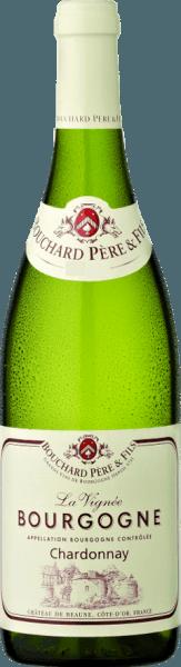 Der La Vignée Bourgogne Chardonnay von Bouchard Père & Fils leuchtet Gelb mit grünen Reflexen im Glas, an der Nase ein elegantes Bukett mit zarten blumigen Noten, Aromen von Zitrusfrüchten und Pfirsich. Am Gaumen präsentiert dieser burgundische Weißwein eine angenehme Säure und guter Struktur, viel Charme im Abgang. Vinifikation des La Vignée Bourgogne Chardonnay von Bouchard Père & Fils Nach dem schonenden Pressen erfolgen die temperaturgesteuerte Gärung und die Reifung für 7-8 Monaten zu 20% in Holzfässern und zu 80% in Edelstahltanks. Food pairing für den La Vignée Borugogne Chardonnay von Bouchard Père & Fils Geniessen Sie diesen französischen Weißwein aus dem Burgund zu Pastete, Schnecken, Kalbsfleisch und Hühnerfrikassee, feinen Fischgerichten mit nicht zu stark gewürzten Saucen und zu Ziegenkäse.
