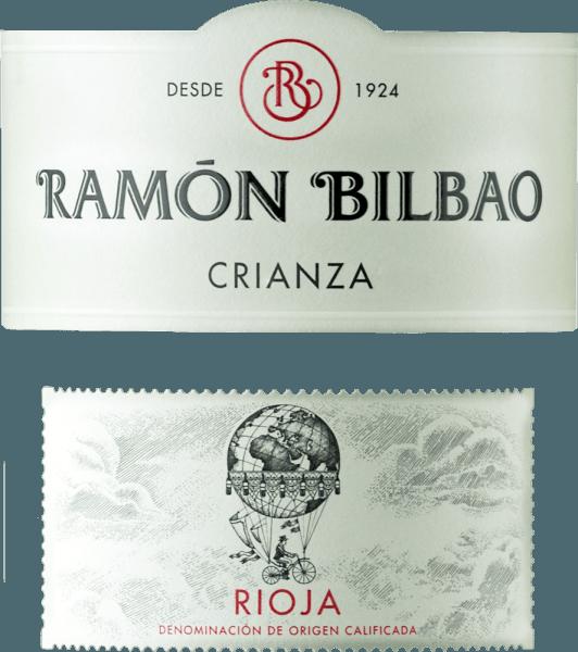 Der Rioja Crianza DOCa von Bodegas Ramón Bilbao glänzt dunkel Rubinrot im Glas. An der Nase entfalten sich komplexe Aromen mit verschiedenen sortentypischen Früchten, wie Brombeeren und schwarze Kirschen. Abgerundet wird dieses Bouquet durch die Nuancen von Vanille, Kokosnuss, Schokolade und etwas Zimt. Am Gaumen präsentiert sich dieser spanische Rotwein sehr ausgewogen, mit gut eingebundener Säure, rund und samtig. Das Finale ist lang und geprägt von weichen, reifen Tanninen. Ein inspirierender Wein, der Lust auf mehr macht. Vinifikation des Rioja Crianza DOCa von Bodegas Ramón Bilbao Der Rioja Crianza aus dem Hause Bilbao wird aus reif gelesenen Tempranillo-Trauben, der ureigensten spanischen Rebsorte, aus dem Weinbaugebiet Rioja Alta erzeugt. Nach der Gärung wird der Wein 14 Monate in amerikanischen Barriques ausgebaut und für weitere 8 Monate in der Flasche verfeinert. Speiseempfehlung für den Rioja Crianza DOCa von Bodegas Ramón Bilbao Genießen Sie diesen trockenen Rotwein zu kräftiger Pasta, fettreichen Fischen wie Lachs, gegrilltem Fleisch oder zu mittelreifem, leicht würzigen Käse.