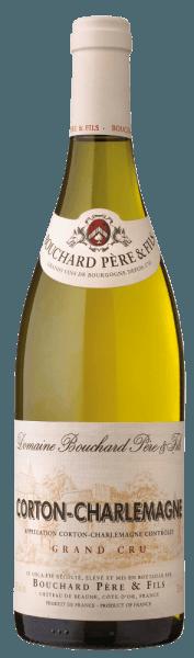 Der Corton-Charlemagne Grand Cru von Bouchard Père & Fils zeigt sich in einem grünlichen Blassgold im Glas. An der Nase entfalten sich Aromen von Zitrusfrüchten, Apfel und weißen Blumen, begleitet von zarten Gewürz- und Röstnoten. Am Gaumen präsentiert sich dieser weiße Burgunderwein aussergewöhnlich harmonisch, frisch und lebhaft mit mineralischen Noten, runde und perfekt ausgewogene Struktur, im Abgang lang, aromatisch und sehr elegant. Vinifikation des Corton-Charlemagne Grand Cru von Bouchard Père & Fils Die Chardonnay-Trauben für diesen Grand Cru werden selektiv per hand gelesen, dann sanft und schonend gepresst. Im Anschluss reift der Wein 10-14 Monate in französischen Eichenholzfässern, davon bis zu 20% aus neuem Holz. Speiseempfehlung zum Corton-Charlemagne Grand Cru von Bouchard Père & Fils Ein Weißwein aus Burgund der Extraklasse. Geniessen Sie diesen Grand Cru mti Fisch, Meeresfrüchten und Krustentieren, aber auch einfach solo. Prämierungen für denBouchard Père & Fils Corton-Charlemagne Grand Cru Wine Spectator: 92 Punkte für 2011Robert Parker: 92 Punkte für 2011